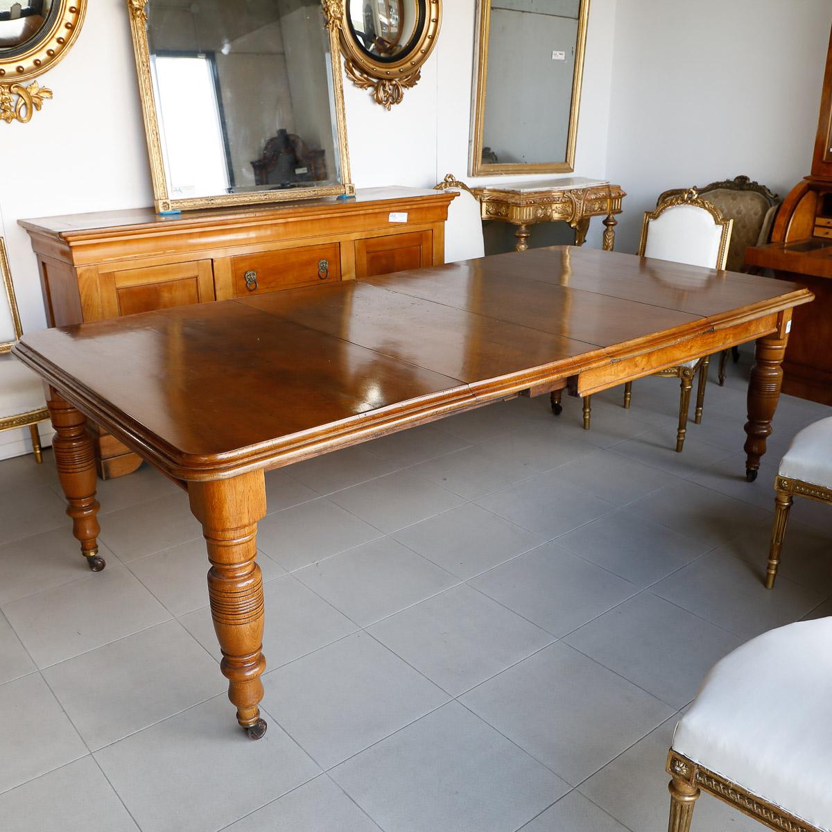 Tavolo a manovella allungabile in rovere e radica mobili sisi antiquariato - Mobili stile vittoriano ...